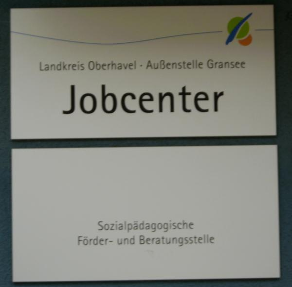 Bei näherer Betrachtung sieht das Schild so aus. Arbeiten hier nachgemachte und selbsternannte Psychologen?